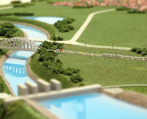 Farebný prezentačný model priemyselného závodu s priľahlými sídelnými časťami