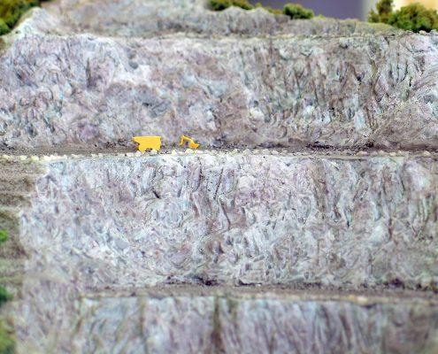 farebný topografický model kameňolomu