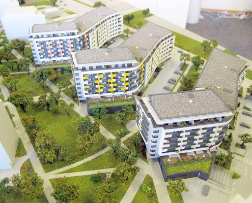 Farebný prezentačný model polyfunkčného komplexu s nasvietením objektov modelu