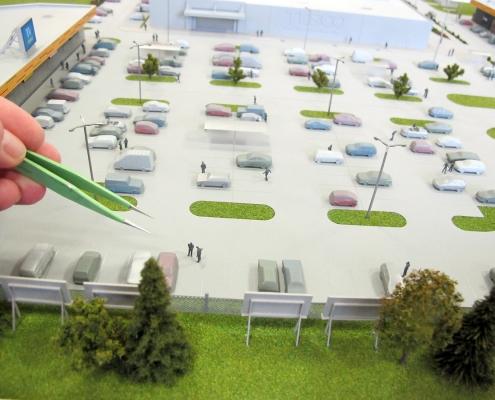 Farebný model obchodného areálu s nasvietením obchodných domov