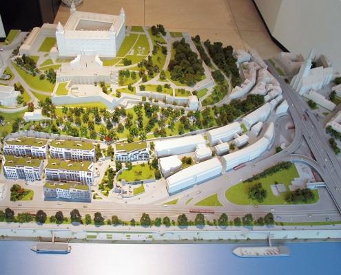 Farebný etapový detailný model mestskej časti pod Bratislavským hradom