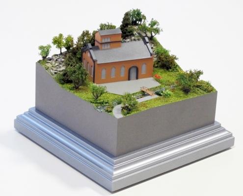 Mini model historického objektu spotokom a priľahlým terénom
